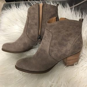 Franco Sarto Huette Booties Grey Taupe - Size 9
